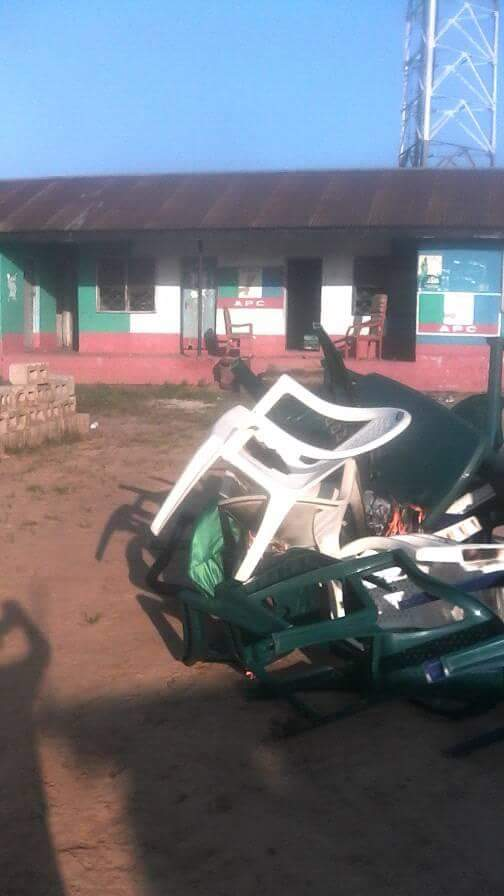 Updated: Delta: Mobs Set Fire On APC Secretariat In Isoko