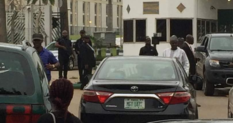 BREAKING: DSS Prevents Lawmakers, Staff From Entering National Assembly